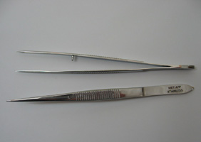 Met-App 2115-130 Forceps medium point 130 mm